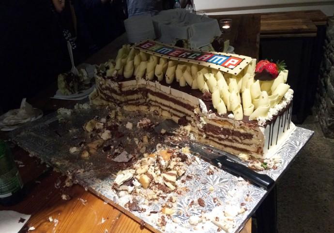 gamercamp_cake